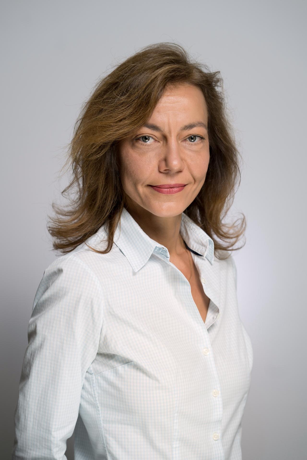 Dr. Ziger Erika