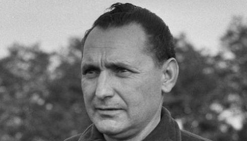 Ezen a napon hunyt el Heinrich Müller, a kiváló osztrák futballista és edző