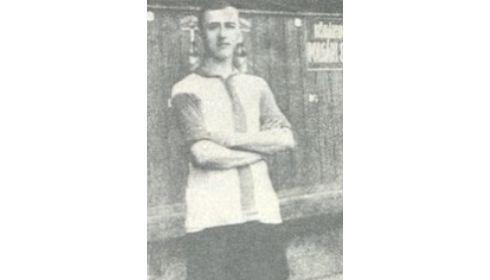 Ezen a napon hunyt el Hlavay György, aki az MTK-val egy esztendőben született