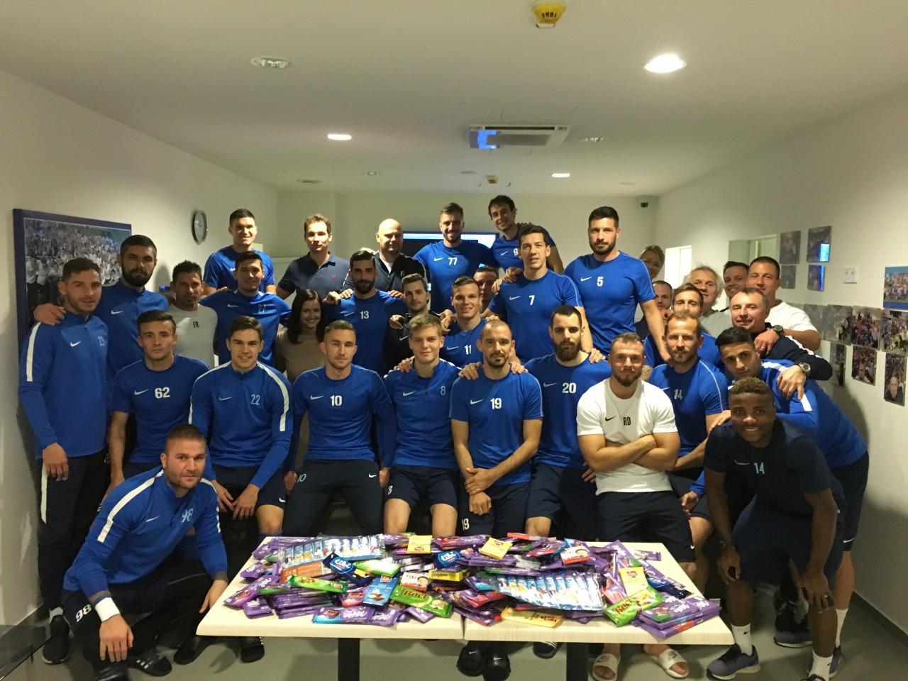 Futballcsapatunk is csatlakozott a jótékonysági csokigyűjtéshez