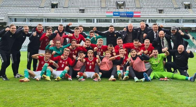 Kovács Mátyással és Bibennel a pályán lett csoportgyőztes az U19-es válogatott