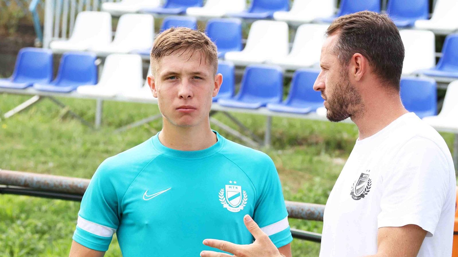"""Kosznovszky: """"Az idei szezonban mindenképp a felnőtt futballban szerettem volna lehetőséget kapni"""" (videó)"""