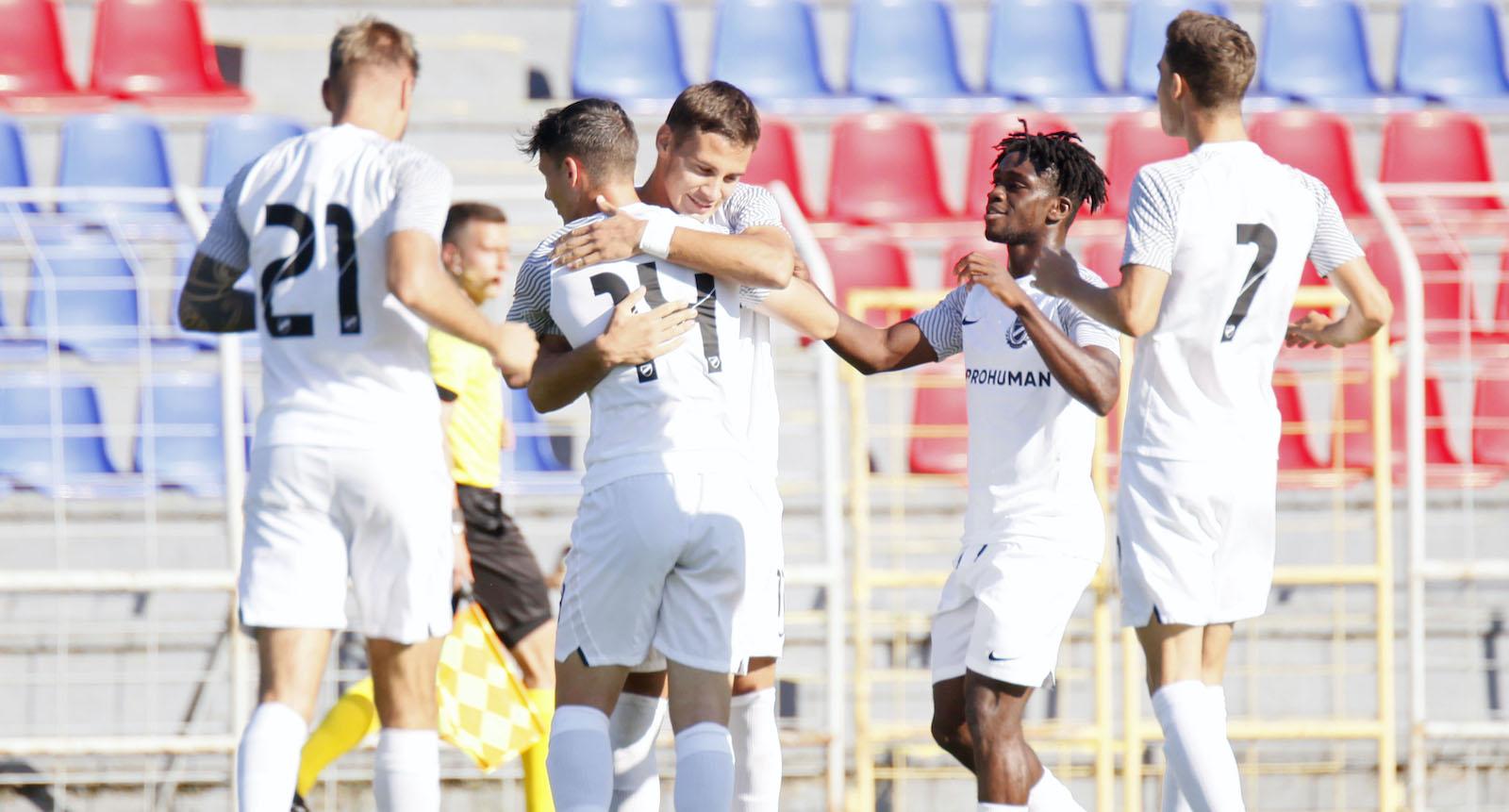NB III: Öt gólt rúgtunk a Vác otthonában