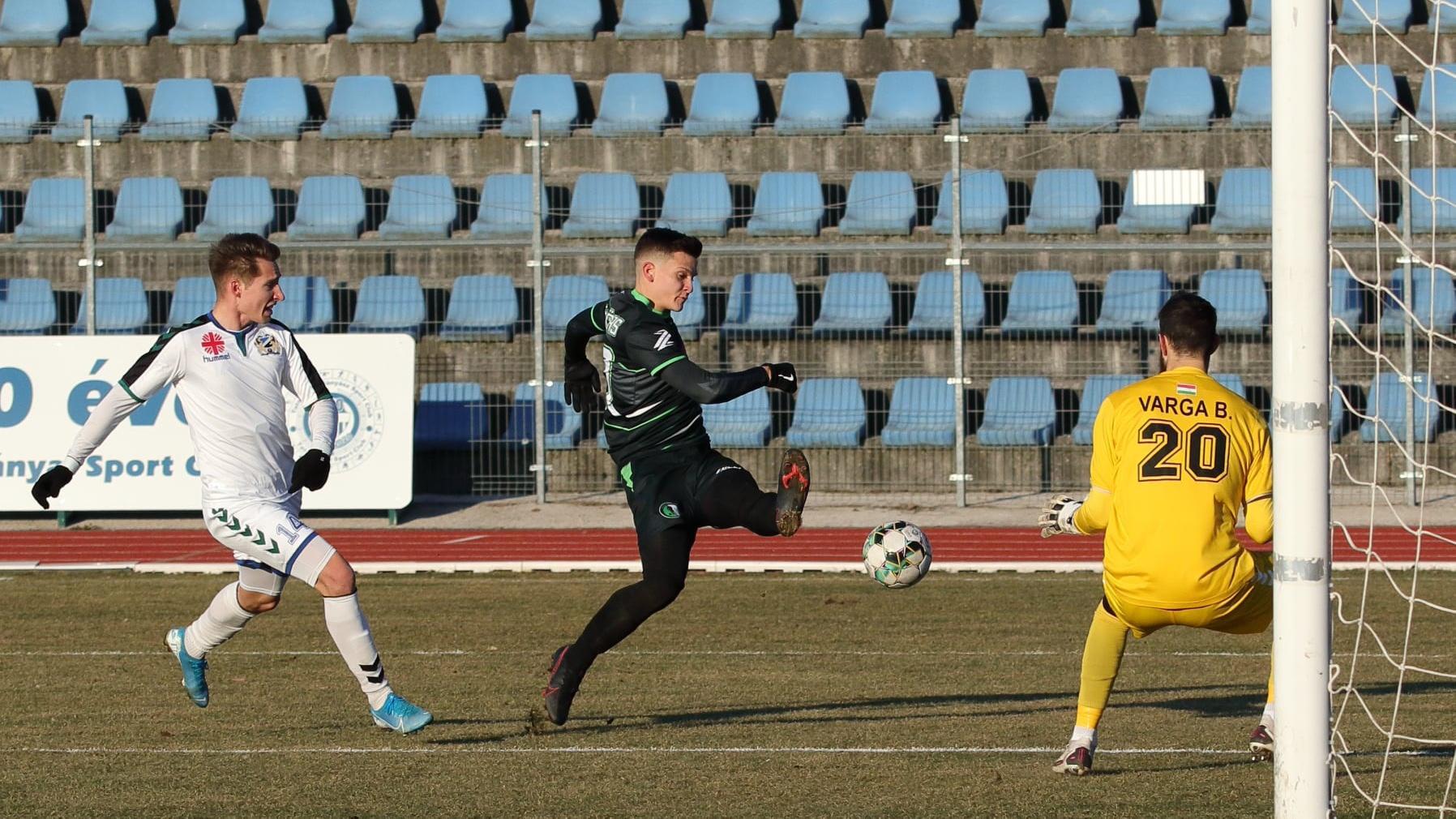Kölcsönfigyelő: Kovács gólt lőtt, Vargával szerzett pontot a Szeged (Videó)