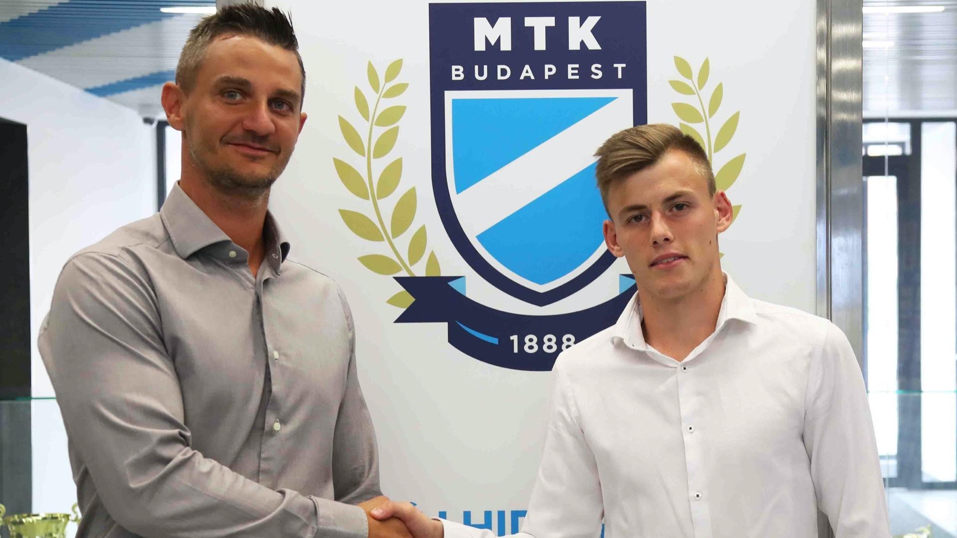 """Schönnel hosszabbítottunk: """"A magyar labdarúgás egyik meghatározó játékosa lesz"""""""