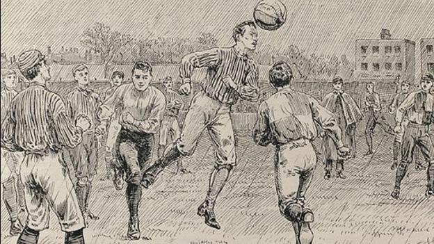 Ezen a napon volt az első hazai focimeccs, avagy a pékerdei csata