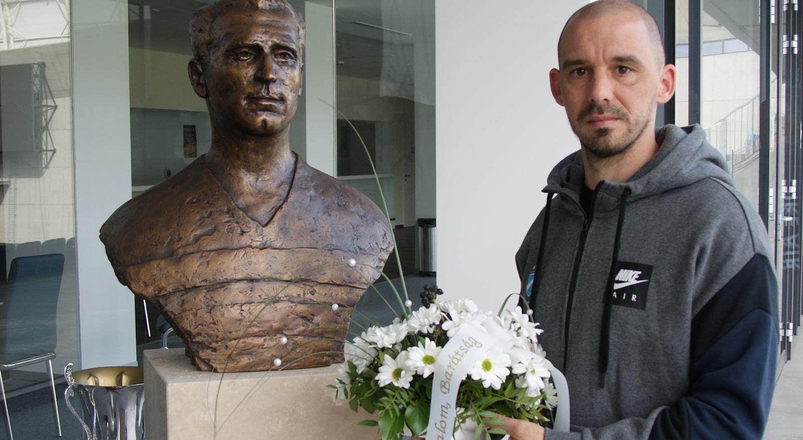 120 éve ezen a napon alakult meg az MTK labdarúgó szakosztálya - Kanta koszorúzott
