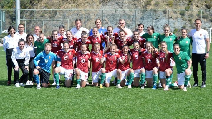 Tíz játékosunk meghívást kapott a válogatott edzőtáborába