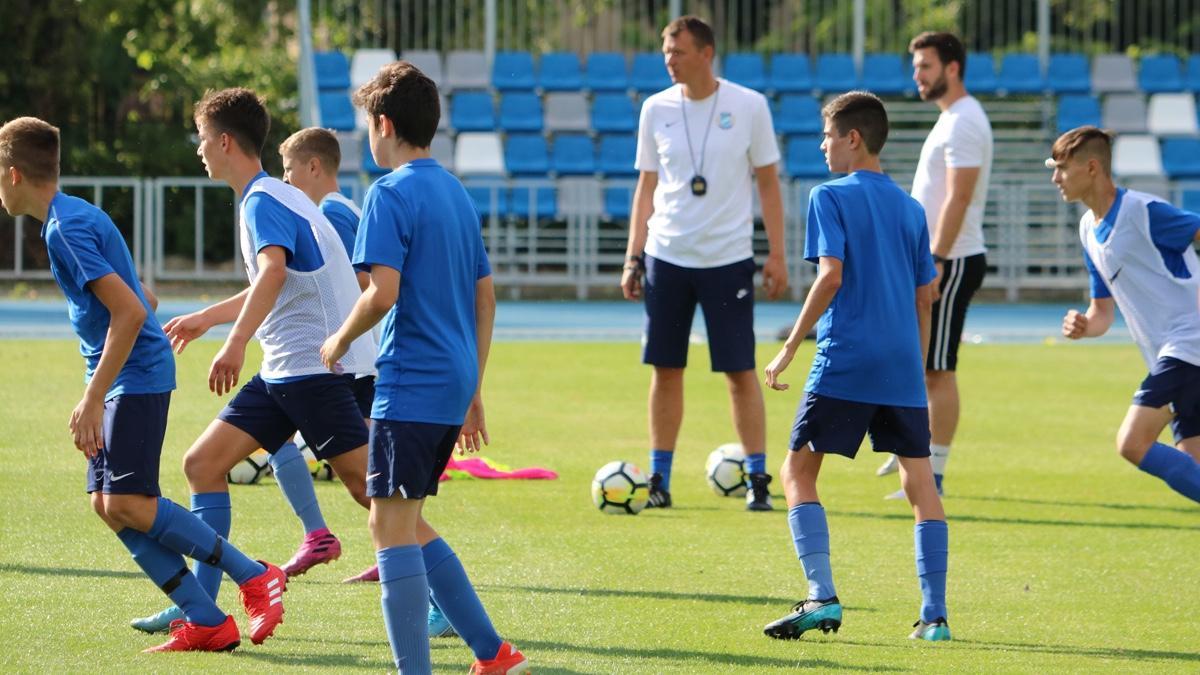 U15: Pozsonyban játszottunk edzőmeccset
